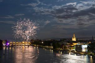 Fireworks during the Seenachtfest Festival, Konstanzの写真素材 [FYI02340472]