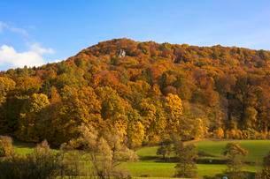 Autumnal landscape, Egloffstein, Franconian Switzerlandの写真素材 [FYI02340508]