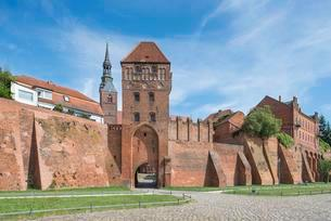 Fortification with Elbtor, behind St. Stephen's Churchの写真素材 [FYI02340542]