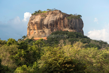 Sigiriya or Lion Rock, Sri Lanka, Asiaの写真素材 [FYI02340598]