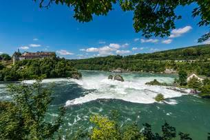 Rhein Falls, flood, Neuhausen am Rheinfall, Canton ofの写真素材 [FYI02340617]