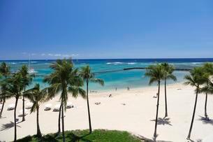 Waikiki Beach, Honolulu, Oahu, Hawaii, USA, North Americaの写真素材 [FYI02340682]
