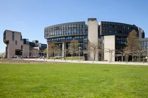 Parliament building, Dusseldorf, North Rhine-Westphaliaの写真素材 [FYI02340709]