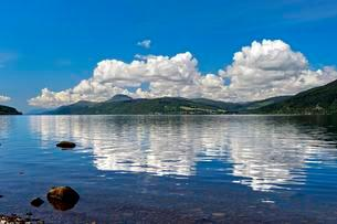 Loch Ness, Foyers, Scotland, UKの写真素材 [FYI02340797]