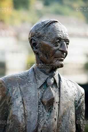 Sculpture of Hermann Hesse, Calw, Black Forestの写真素材 [FYI02340875]