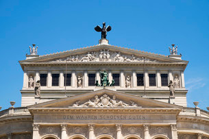 Alte Oper opera house, Frankfurt am Main, Hesse, Germanyの写真素材 [FYI02340925]