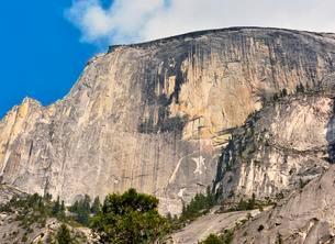Half Dome, rock face, west shoulder, Yosemite Nationalの写真素材 [FYI02341017]
