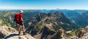 Hiker views of mountains and Alps, Allgau, view from theの写真素材 [FYI02341066]