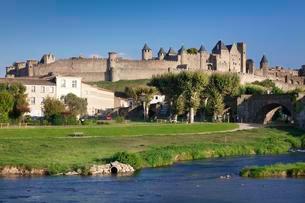 La Cite, medieval fortress city, Carcassonne, UNESCO Worldの写真素材 [FYI02341080]