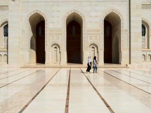 Sultan Qaboos Grand Mosque, Muscat, Oman, Asiaの写真素材 [FYI02341161]