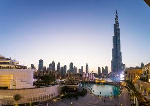 Burj Khalifa, Downtown, Dubai, United Arab Emirates, Asiaの写真素材 [FYI02341172]
