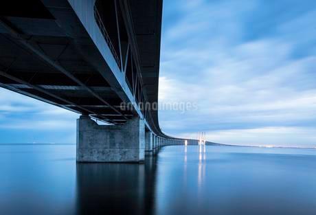 Oresund Bridge, oresundsbroen, world's longestの写真素材 [FYI02341174]