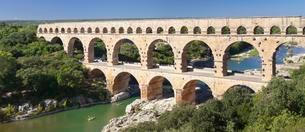Pont du Gard, Roman aqueduct, UNESCO World Heritage Siteの写真素材 [FYI02341187]