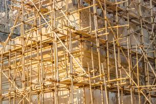 Bamboo scaffolding, construction work, Ananda Pahto Templeの写真素材 [FYI02341250]