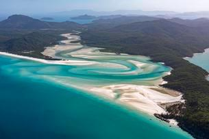 Whitehaven Beach and Hill Inlet river meanders, Whitsundayの写真素材 [FYI02341315]