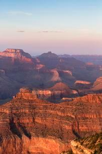 Sunset on South Rim, Grand Canyon National Park, Arizonaの写真素材 [FYI02341516]