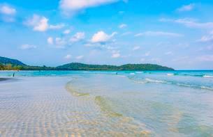 Idyllic sandy beach, turquoise water, 4km Beach, Kaoh Touchの写真素材 [FYI02341559]
