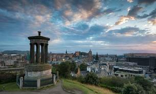Dugald Stewart Monument, view from Calton Hill acrossの写真素材 [FYI02341611]