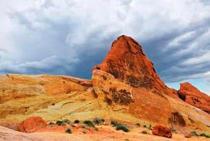 Sandstone formations, upcoming thunderstorm, Valley ofの写真素材 [FYI02341641]