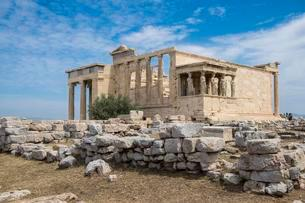 Erechtheion Temple with Caryatids, Caryatid Porchの写真素材 [FYI02341749]