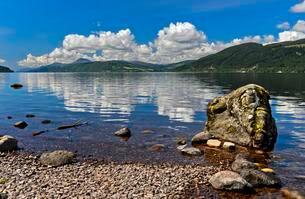Loch Ness at Foyers, Scotland, UKの写真素材 [FYI02341782]