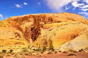 Sandstone cliffs, The White Domes, Valley of Fire, Nevadaの写真素材 [FYI02341976]