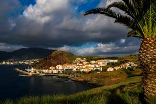 Fishing village in the morning light, Canical, Madeiraの写真素材 [FYI02342067]