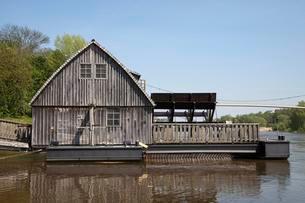 Ship mill on River Weser, Minden, North Rhine-Westphaliaの写真素材 [FYI02342220]
