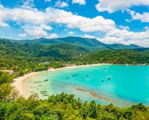 View, Idyllic sandy beach with turquoise water, Coastの写真素材 [FYI02342244]