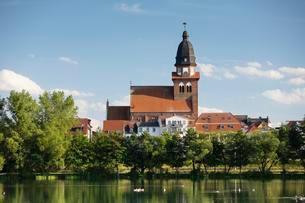 Church of St. Marien, Tiefenwarensee, Waren, Muritzの写真素材 [FYI02342416]