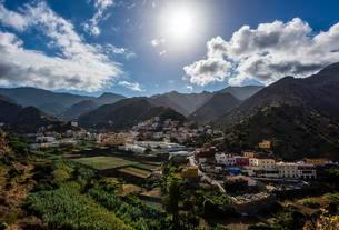 Village of Vallehermoso, La Gomera, Canary Islands, Spainの写真素材 [FYI02342432]