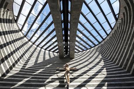 Church of San Giovanni Battista, interior view, architectの写真素材 [FYI02342496]