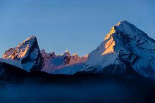 Mount Watzmann in the morning light, National Parkの写真素材 [FYI02342498]