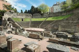 Roman theater, location of the Teatro Romano Festivalの写真素材 [FYI02342539]