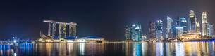 Panorama of Marina Bay at night, Singapore River, Marinaの写真素材 [FYI02342603]