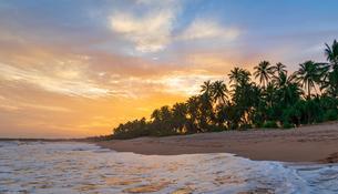 Kahandamodara beach at sunset, Sri Lanka, Asiaの写真素材 [FYI02342622]