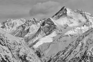 Mt Hohe Geige in winter, otztal Alps, Tyrol, Austriaの写真素材 [FYI02342628]