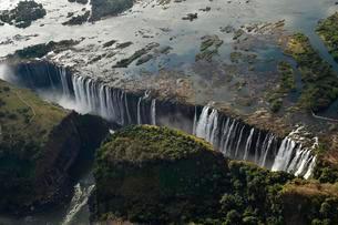 Aerial view, Victoria Falls, Zimbabwe, Africaの写真素材 [FYI02342775]