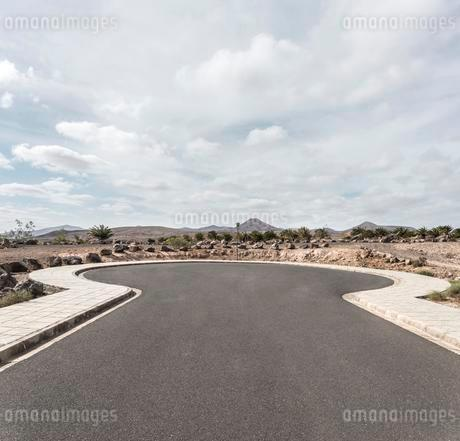 Dead-end street with turning possibility in Puerto Caleroの写真素材 [FYI02342961]