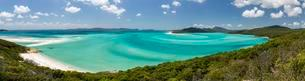 View of a sandy Beach, Whitehaven Beach and Hill Inletの写真素材 [FYI02343012]
