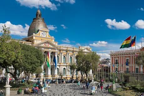 Plaza Murillo with courthouse, La Paz, Bolivia, Southの写真素材 [FYI02343017]