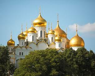Golden Domes of the Cathedral of the Annunciation, Kremlinの写真素材 [FYI02343043]
