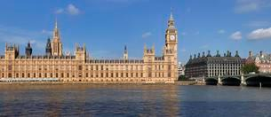 Houses of Parliament, Big Ben, River Thames, Westminsterの写真素材 [FYI02343145]