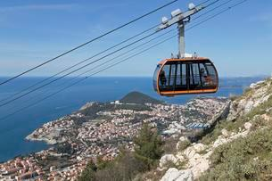 Cable car to Mount Srd, Dubrovnik, Croatia, Europeの写真素材 [FYI02343265]