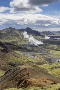 View of the Hellisheioi power plant, Hengill volcanoの写真素材 [FYI02343343]