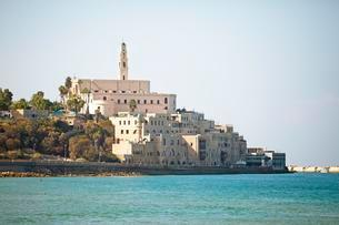 Old town of Jaffa with St. Peter church and mosque, oldの写真素材 [FYI02343402]