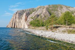 Sagan-Zaba cliff, Lake Baikal, Siberia, Russia, Europeの写真素材 [FYI02343433]