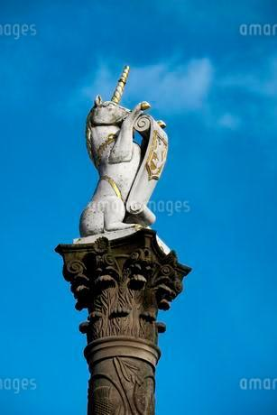 Column with unicorn, national symbol of Scotland, Aberdeenの写真素材 [FYI02343512]