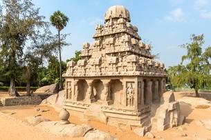 The Five Rathas, Yudhishthir ratha, Mahabalipuram, Tamilの写真素材 [FYI02343743]