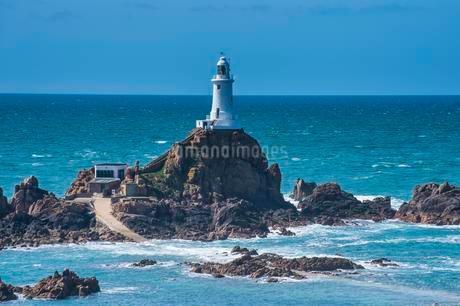 La Corbiere lighthouse, Jersey, Channel Islands, Unitedの写真素材 [FYI02343807]